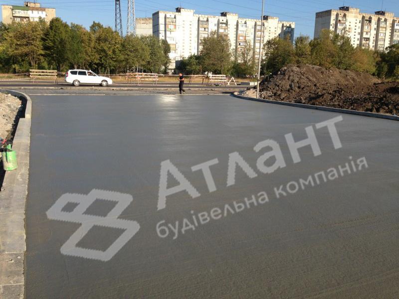 Бетонные дороги и площадки